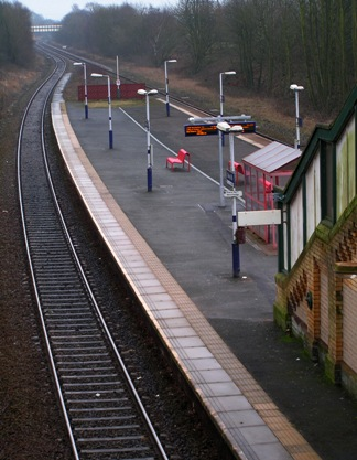 Daisy Hill station looking east on 14 Feb 2009.