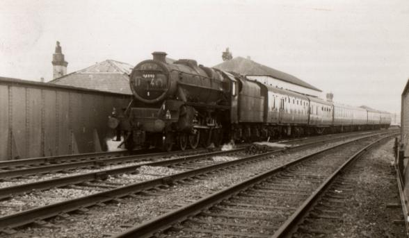 Black 5 44893 at Walkden in July 1966 (by kind permission of Paul Salveson).